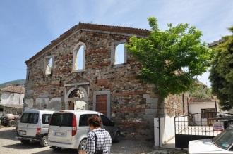 Narlı'da eski bir zeytinyağı fabrikası