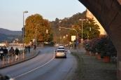 Neckar kenarında yol