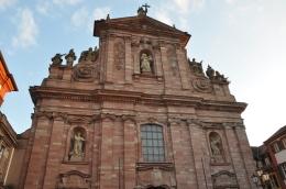 Jesuit Kilisesi önyüzü