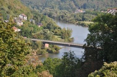 Main üzerinde köprü