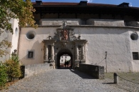 Kale girişi