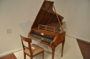 Kale müzesi enstrüman sergisi
