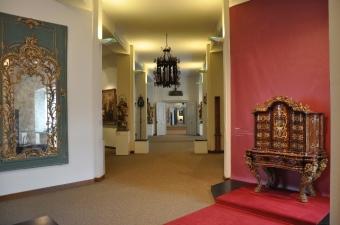 Kale müzesi salonları