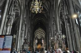 Kathedral içi