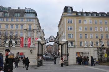 Belvedere üst girişi