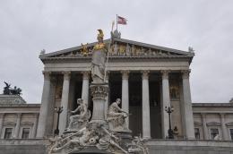 Parlamento binası