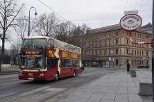 Turist gezi otobüsü