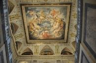 Müze girişi tavan süslemesi