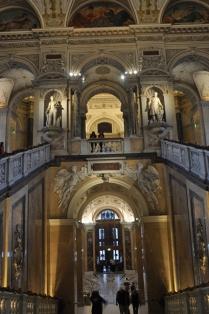 Müze binasının iç mimarisi