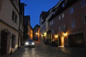 Sonbahar akşamı kent sakin