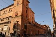 Enzo Sarayının arka cephesi