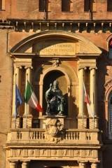 Accursio Sarayının cephesi