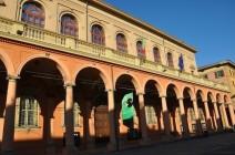 Üniversite ve portico