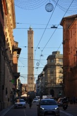 Asinelli kulesi