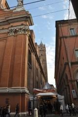 Bağımsızlık caddesi üzerinde S.Pietro katedrali