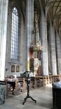 Kilisenin içinden bir görüntü
