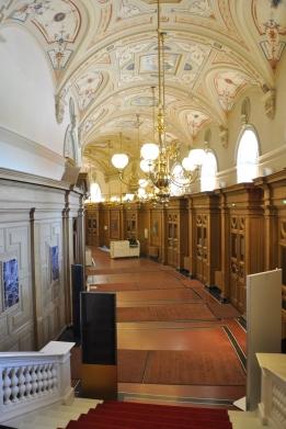Semperoper koridorları